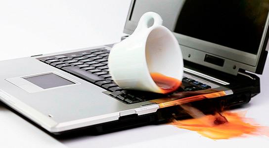 Картинки по запросу Ноутбук залит водой - что делать?